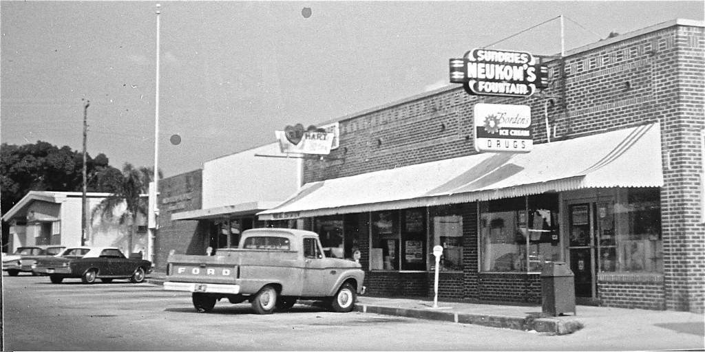 Neukom's Drug Store